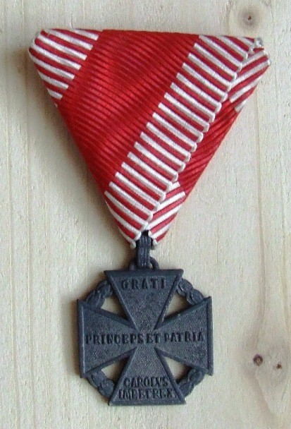 Karlov vojenský kríž - averz[foto: Ivan Chudý]