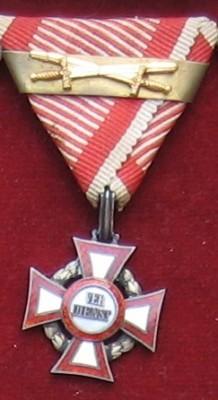 Vojenský záslužný kríž III. triedy, dvakrát udelený [Foto: Ivan Chudý]