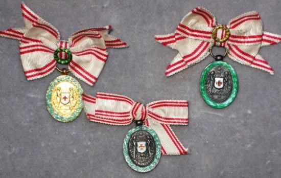 Miniatúry medailí s vojnovou dekoráciou foto: Ivan Chudý