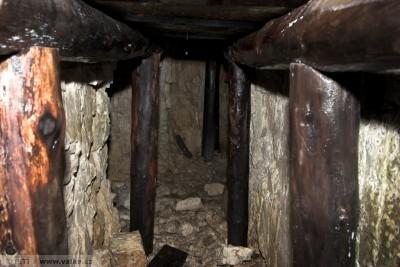 obr. 16 - Italská minová štola