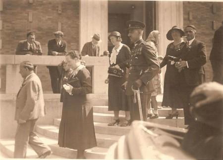 Otakar Sviták na svatbě svého bratra Zdeňka, 1932